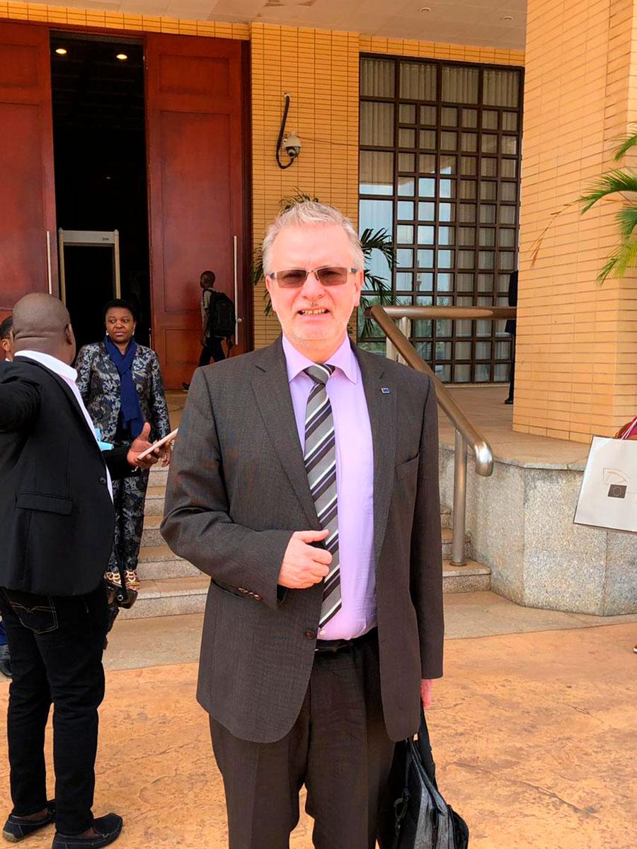 Michael-Gahler-in-Togo