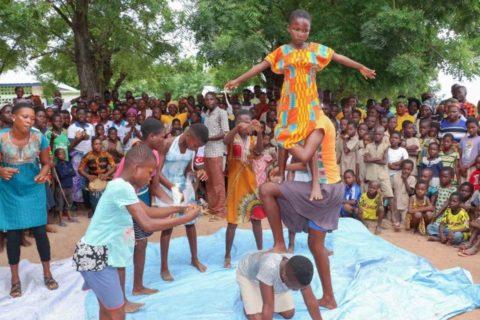 Präsentation der Gruppe Dunenyo aus Djegbakondji