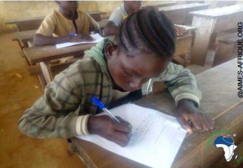 Schüler beim Auswahltest