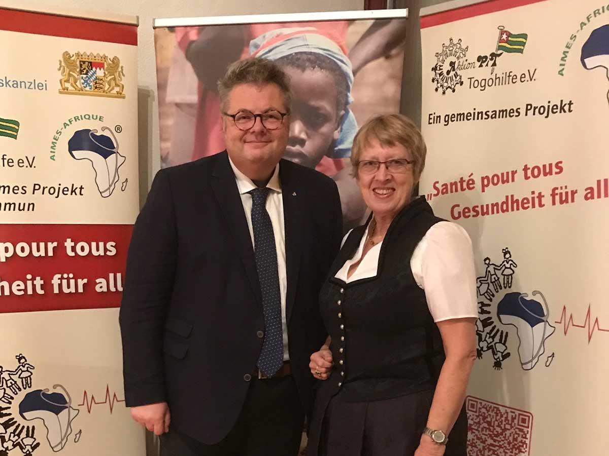 Landtagsabgeordnete Alex Dorow mit Margret Kopp