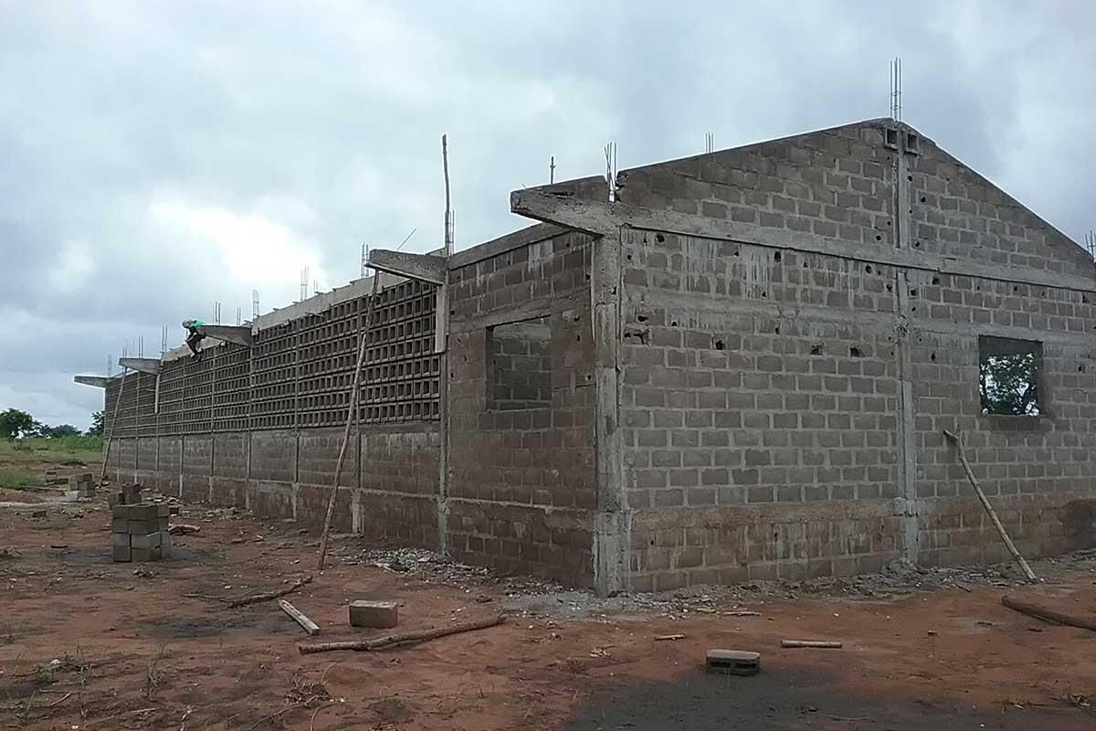 Bau der Schule