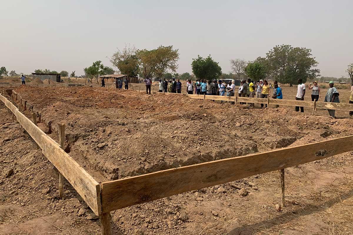 Hier wird das neue Schulgebäude für Djabagbal gebaut.