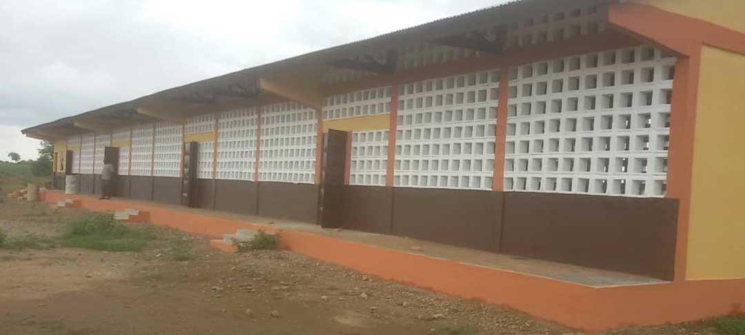 Die fertige Schule in Nataré