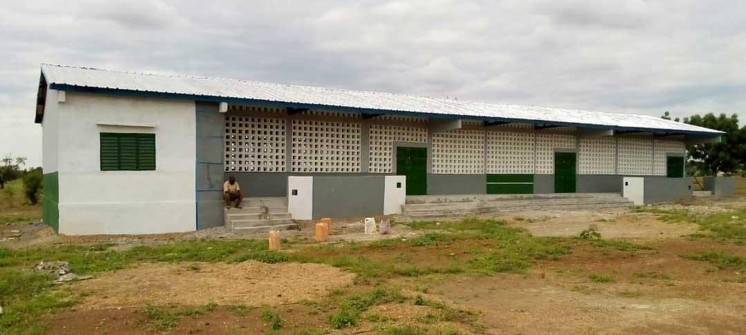 Die fertige Schule in Takpamba