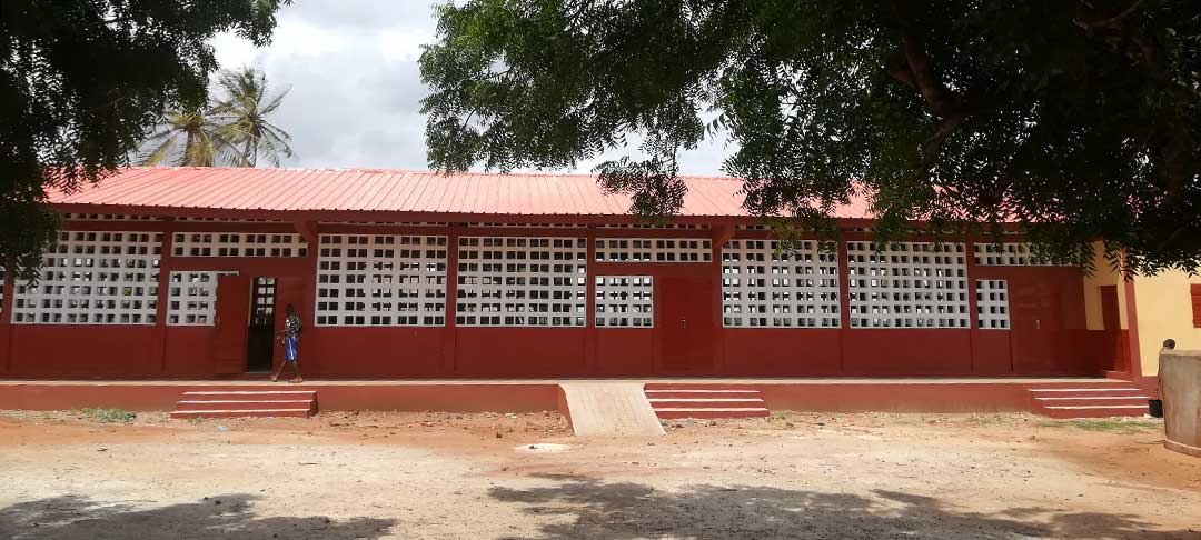 Die fertige Schule in Zoti