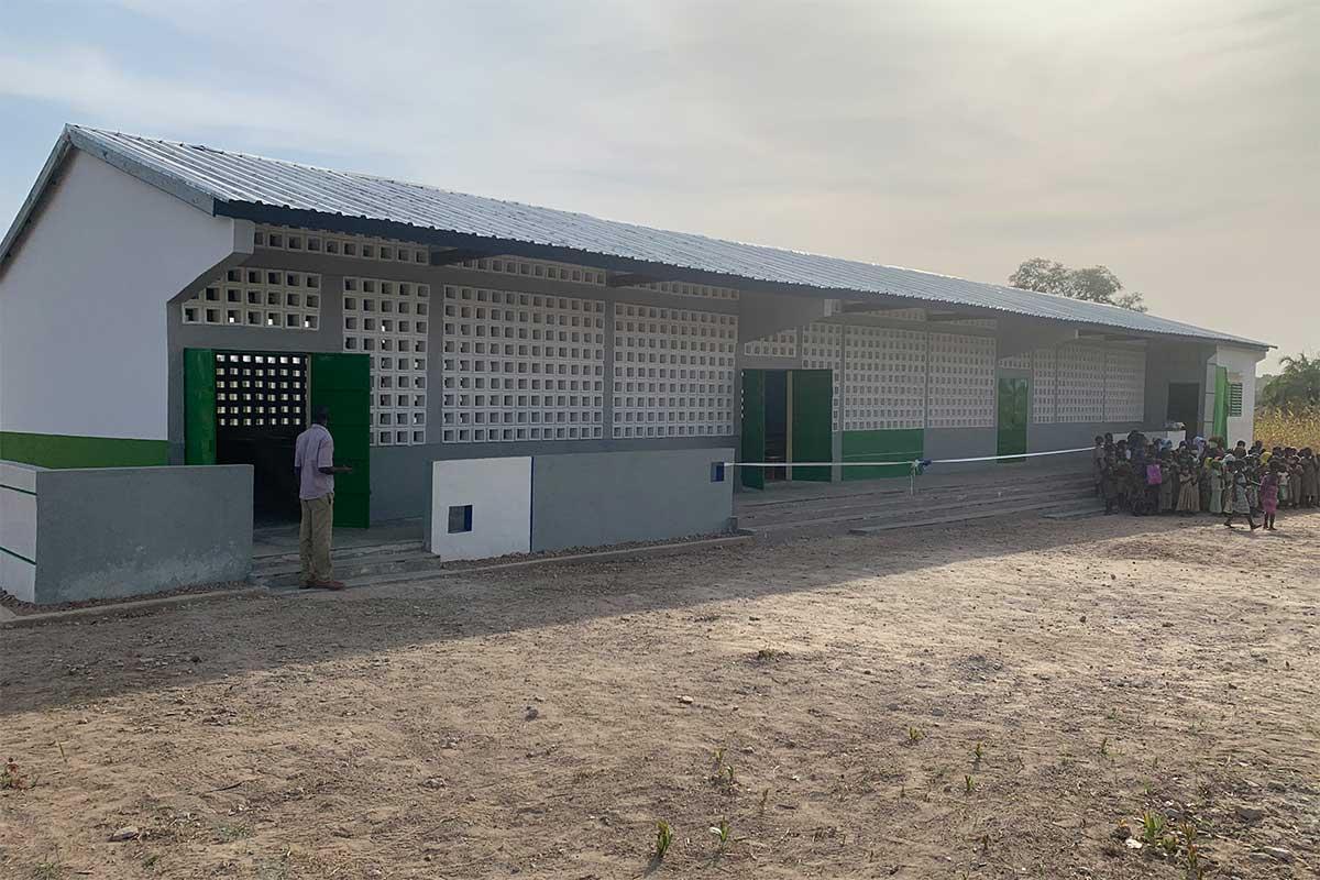 Das neue Schulgebäude in Kperike