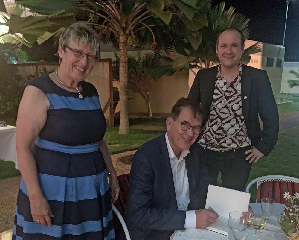 v.l.: Margret Kopp, Entwicklungshilfeminister Dr. Gerd Müller, Andy Kopp