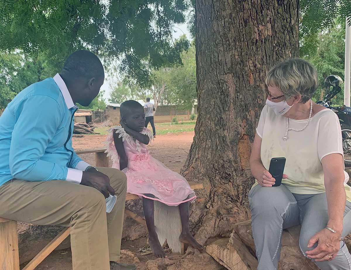 Madelaine mit Dr. Michel Kodom und Margret Kopp
